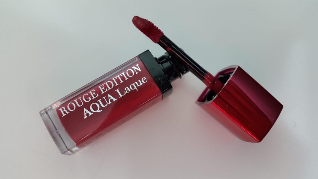 Bourjois Rouge Edition AQUA Laque 04- Viens si tu roses.