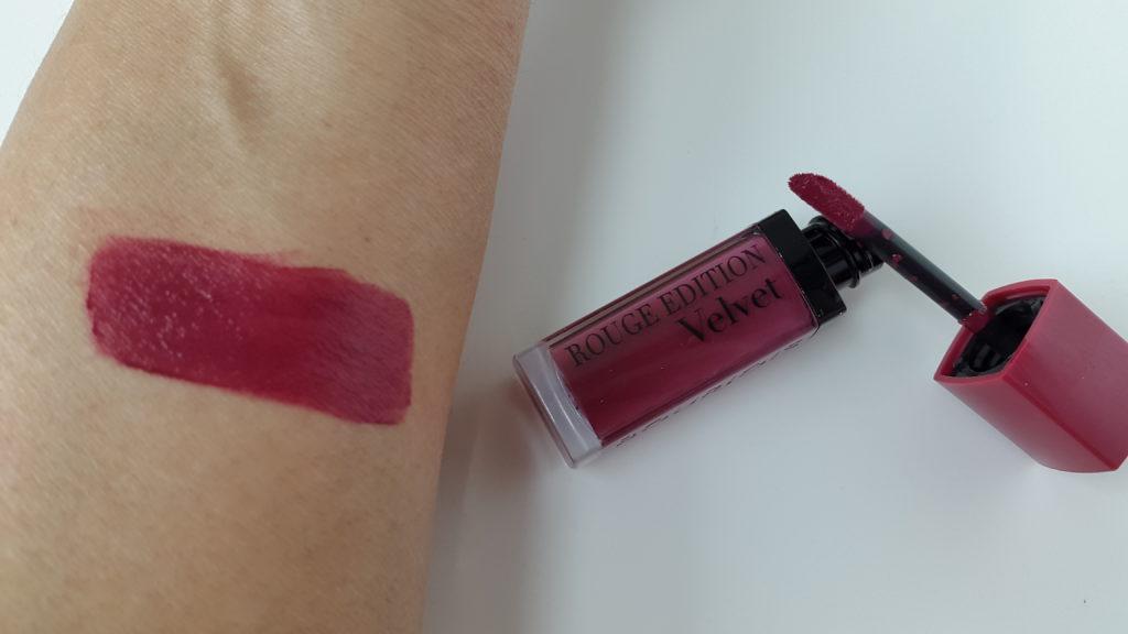 Bourjois rouge edition velvet lipstick in plum plum girl
