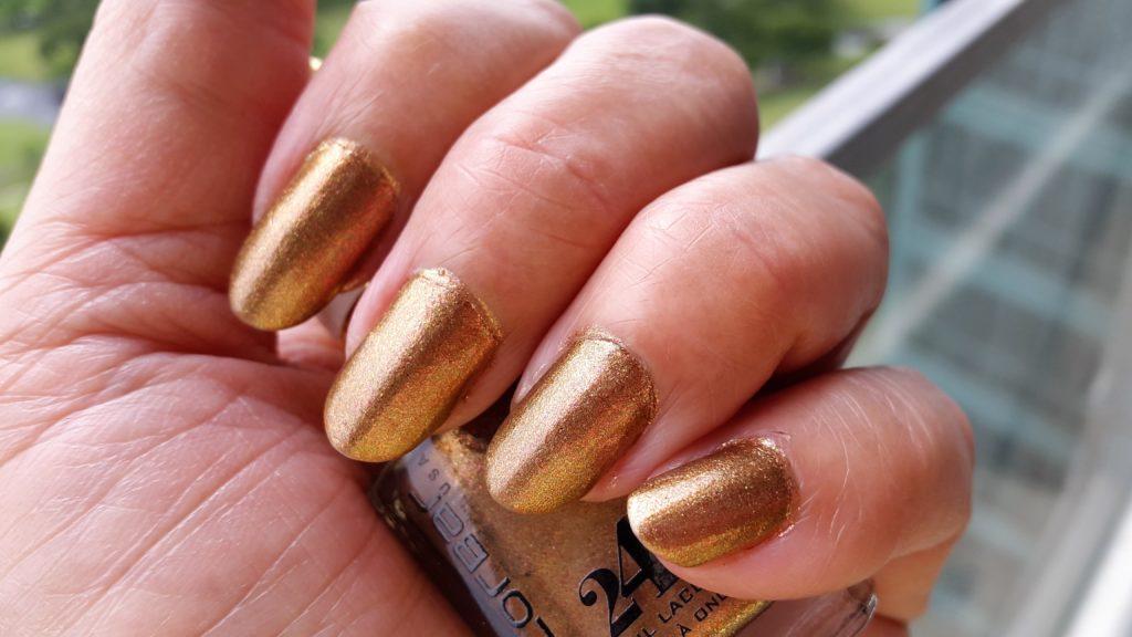Colorbar 24 Carat Nail Lacquer - 001 Liquid Gold