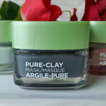 L'Oreal Pure Clay Mask - Detox and Brighten