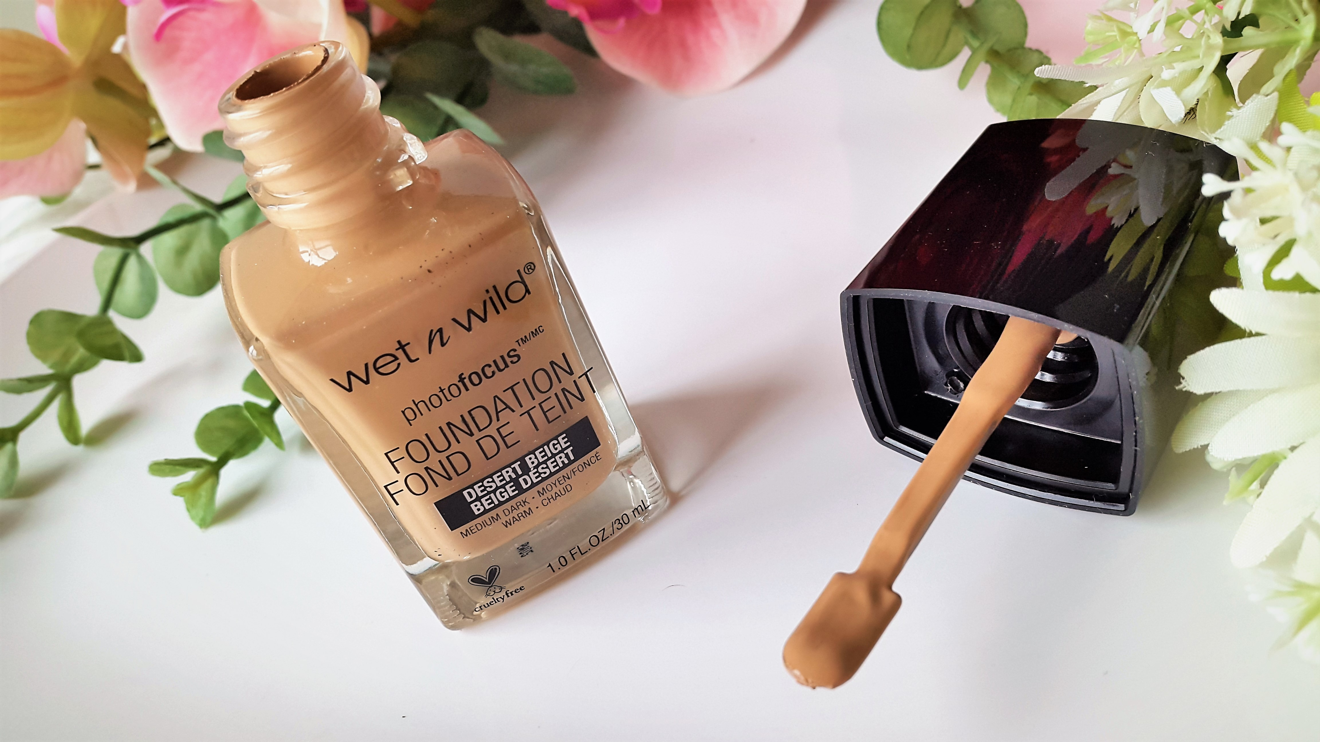 Wet N Wild Photofocus Foundation Glossnglitters